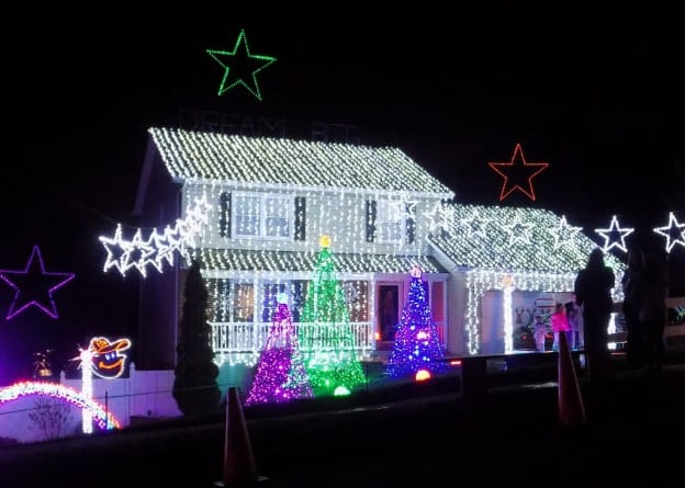 House Decorated for Christmas - Blue Crest Electric